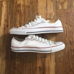 Converse Chuck Taylor All Star Low Top - Size 10